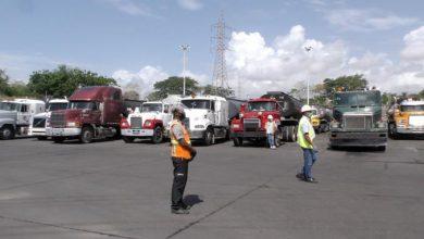 Photo of Retienen 29 camiones cargados de residuos contaminantes que fueron traídos al país de manera irregular