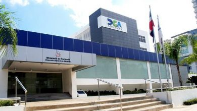 Photo of Las recaudaciones de las aduanas dominicanas caen un 39 % en abril