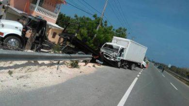 Photo of Accidente de tránsito deja dos muertos en autopista Las Américas