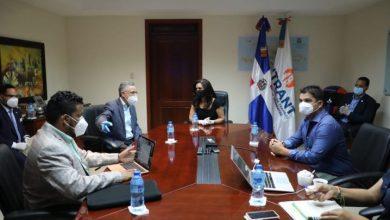 Photo of Directora del INTRANT presenta planes solución movilidad alcalde de SDE