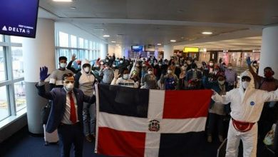 Photo of Dominicanos varados en New York claman al presidente Medina por su retorno a RD