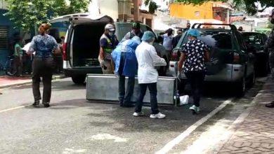 Photo of Hombre mata otro a las afuera de tribunal, tras fallo por custodia de menor