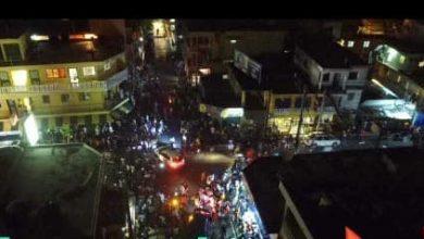 Photo of Salen multitudes a las calles luego de 100 días de encierro