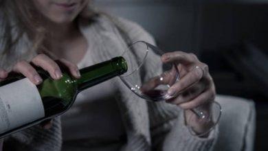 Photo of Se disparan adicciones: Más consumo de alcohol y drogas durante el encierro