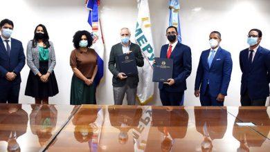 Photo of Firman acuerdo para inversión territorial