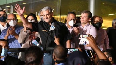 Photo of Gonzalo Castillo felicita a Luis Abinader por triunfo