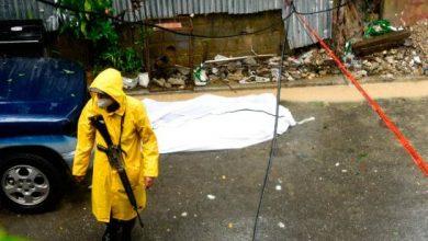 Photo of Mueren tres personas en el país por paso tormenta Laura