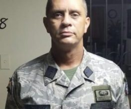Photo of Coronel encontrado con tiro en la cabeza, habría ido a visitar ministro de Defensa y no fue recibido