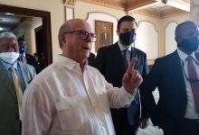 Photo of Hipólito no está de acuerdo con exoneraciones y barrilito y dice políticos deben ser sensatos