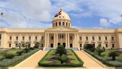 Photo of Suspenden firma de acuerdo entre el Gobierno y el Colegio Médico