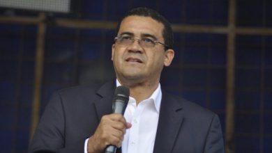 Photo of Ezequiel Molina hijo: Yo creo que el Presidente necesita ser orientado sobre el tema del aborto