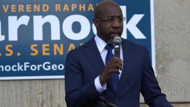 Photo of Demócrata Raphael Warnock se convierte en el primer senador negro en la historia de Georgia, EEUU
