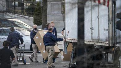 Photo of La imagen de un camión de mudanzas ante la Casa Blanca se hace viral en redes