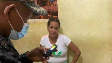 Photo of Policía apresa a mujer atacó con químico a otra en Higüey