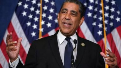 Photo of Declaran al congresista Adriano Espaillat «Defensor de los Niños 2020»