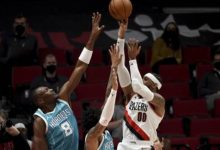 Photo of Carmelo Anthony anota 29 y Blazers vencen a Hornets