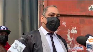 Photo of Dictan un año de prisión preventiva a hombre que se atrincheró tras matar a esposa