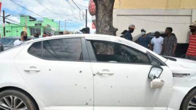 """Photo of """"Vivos de milagro"""", los acompañantes de esposos acribillados por la Policía"""
