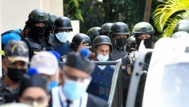 Photo of La versión de los policías sobre la muerte de Elizabeth y Joel en Villa Altagracia