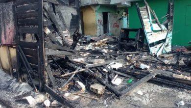 Photo of Afectados por incendio en La Ciénega piden reubicación en proyecto Domingo Savio