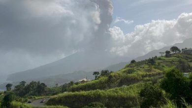 Photo of Volcán en San Vicente erupciona y lanza columna de 17 kilómetros
