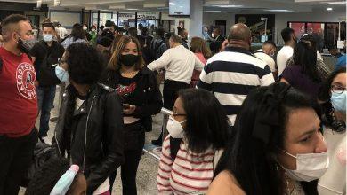Photo of Cambio de oficiales de migración en AILA provocan retrasos