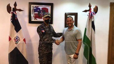 Photo of Sheriff del condado de Fort Myers de la Florida está de visita en La Romana