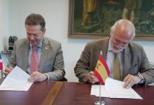 Photo of Ito Bisonó firma acuerdos con 400 empresas españolas