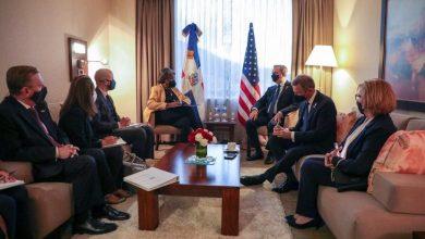 Photo of Presidente Luis Abinader sostiene encuentro bilateral con delegación de EEUU