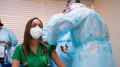 Photo of Raquel Peña dice que este sábado reinician la vacunación de la primera dosis