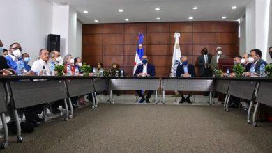 Photo of El Gobierno anuncia aumento salario mínimo entre 11 y 59 por ciento