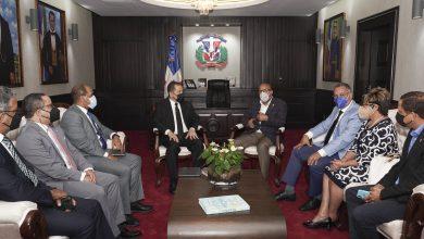 Photo of Presidente y miembros de la Comisión de Justicia de la Cámara de Diputados reciben a jueces de la  Suprema Corte