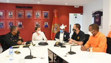 Photo of Alcaldesa del DN activa Comité de Prevención, Mitigación y Respuesta ante Desastres por paso huracán Elsa