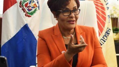 Photo of Josefa Castillo revela seguros venden 42 mil millones en primer semestre  para un crecimiento de 25%