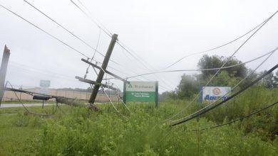 Photo of El huracán Ida atrapa a los habitantes de Louisiana y destruye la red eléctrica