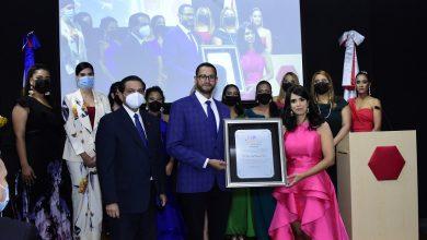Photo of ProlactarRD premia médicos e instituciones que ayudan a las familias a lograr lactancias exitosas