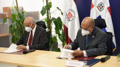 Photo of Tribunal Constitucional firma acuerdo de cooperación con el Centro de Capacitación en Política y Gestión Fiscal