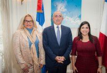 Photo of Presentan Guía de Inversión y Promoción de República Dominicana en Francia